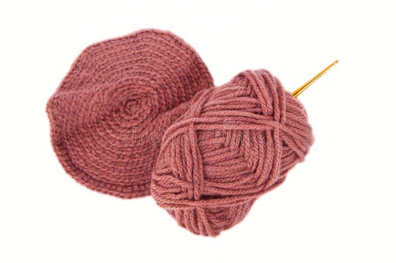 Gancho e lãs de Crochet fotos de stock royalty free