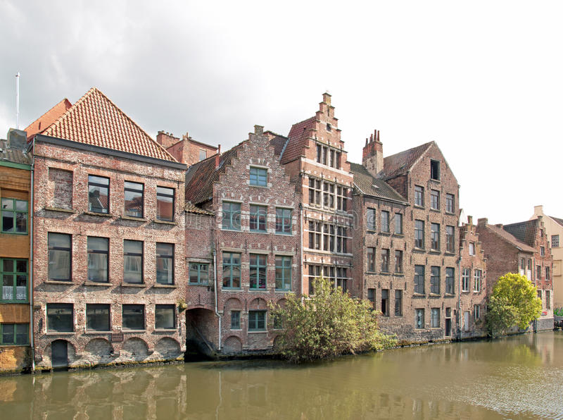 Gand, case tipiche lungo Lys Ghent, Belgio fotografia stock