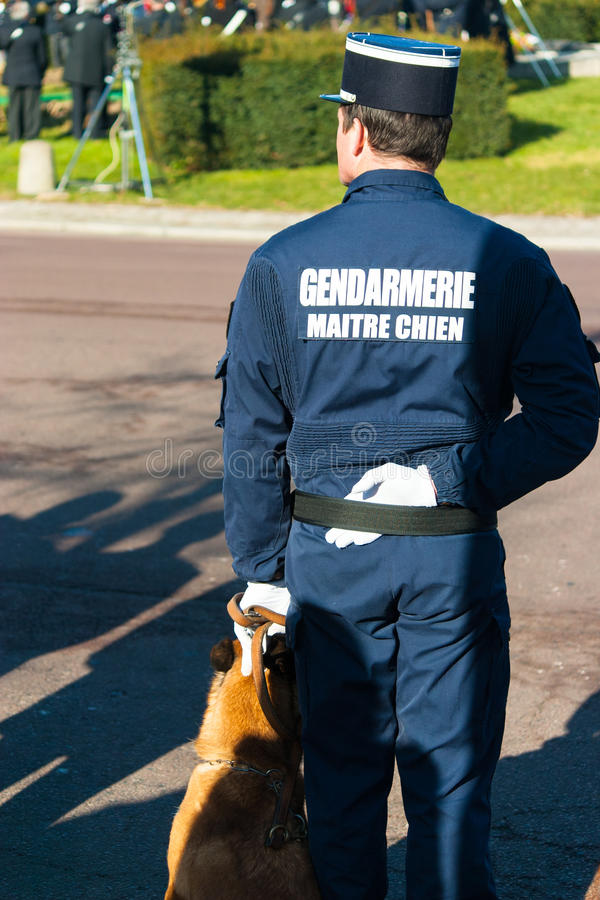 Gandarmerie celebtation, cynologist, Frankrike, Le Chesnay arkivbilder