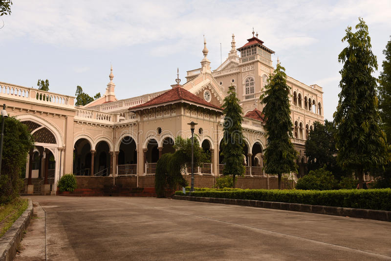 Gandhi minnes- Aga Khan Palace fotografering för bildbyråer