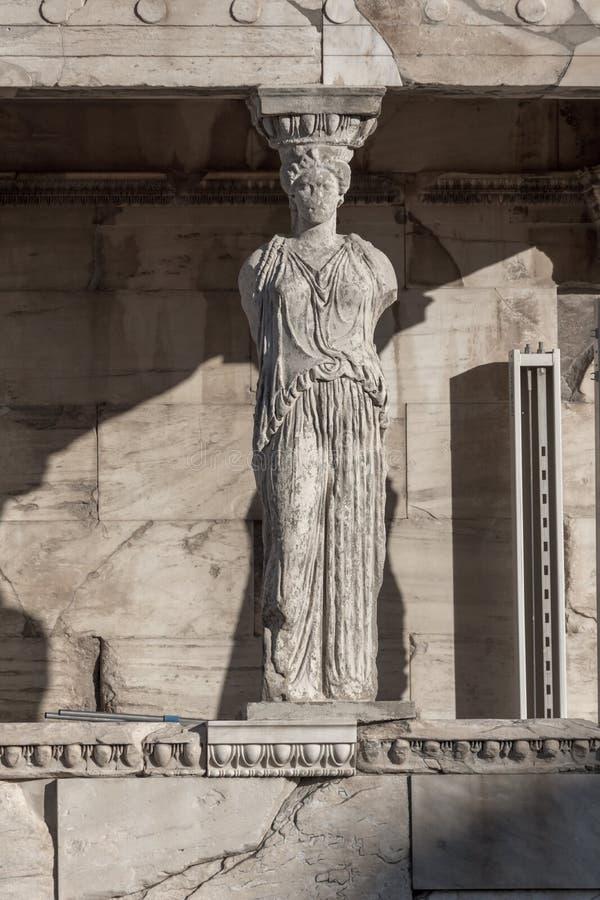 Ganeczek kariatydy w Erechtheion przy akropolem Ateny, Attica, Grecja fotografia stock