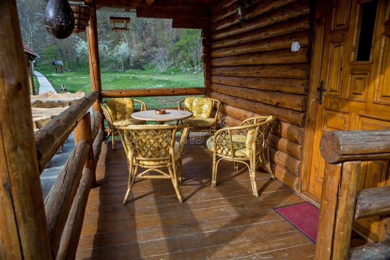 Ganeczek na domach robić bele drewno zdjęcia royalty free