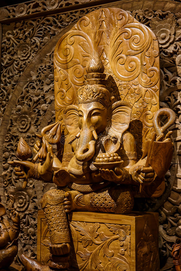 Free Ganesh Carved Wood Royalty Free Stock Photo - 54148545