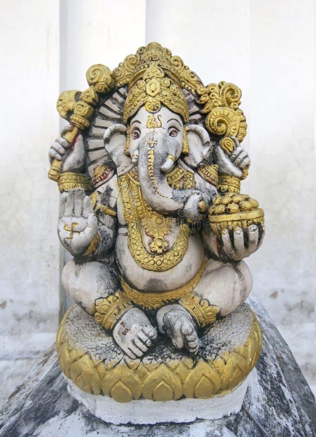 Ganesh de seigneur avec avec le mur blanc image libre de droits