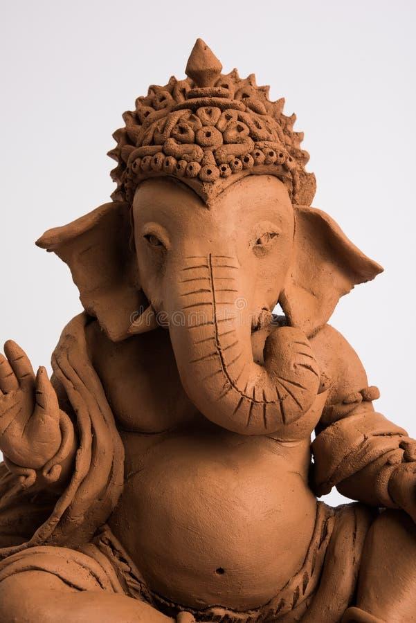Ganesh/Ganpati idol ή murti φιλικός προς το περιβάλλον, οικιακή χρήση επιλεκτική εστίαση στοκ εικόνες