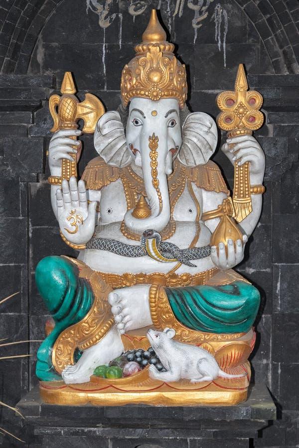 Ganesh statua wśrodku świątyni w Bali obraz royalty free