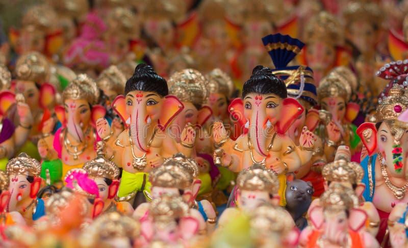 Ganesh-Statuen in wenigem Indien stockbild