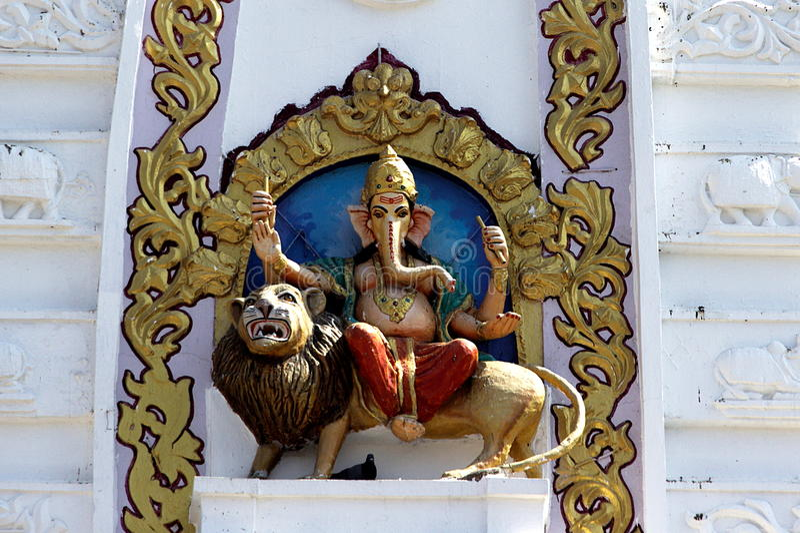 Ganesha montou no leão imagem de stock royalty free