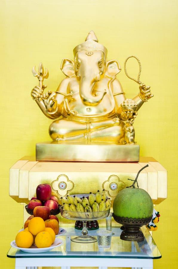 Ganesha statyer royaltyfri bild