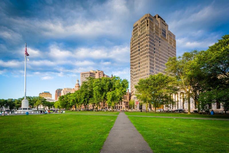 Gang bij Groen New Haven en gebouwen in de stad in, in Nieuw royalty-vrije stock afbeeldingen