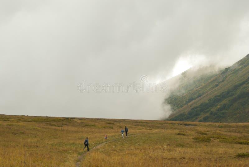 Gang in de bergen stock foto