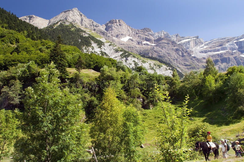 Gang op de Franse Pyreneeën royalty-vrije stock foto