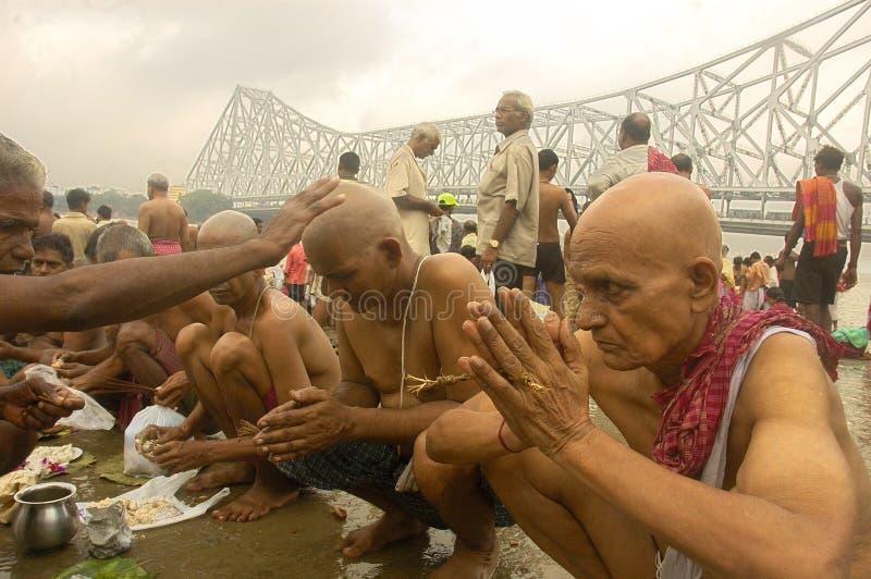 Ganga Fluss-Verunreinigung in Kolkata. lizenzfreies stockfoto