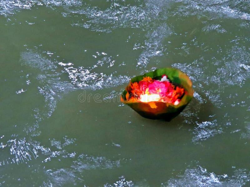 Ganga santo Aarti al Gange in Haridwar, India immagini stock