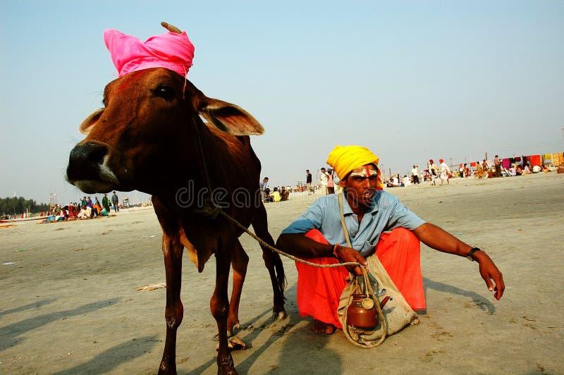 Gangasagar Festival in Indien. lizenzfreie stockfotografie