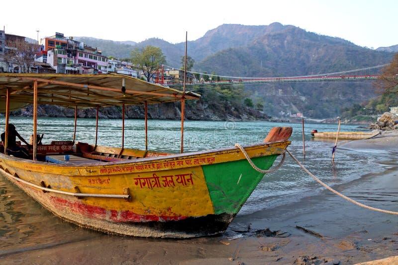 Ganges prom Rishikesh obraz royalty free
