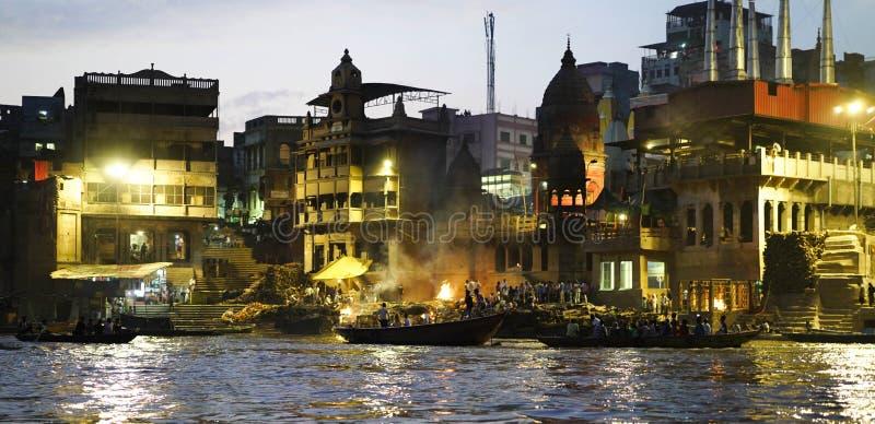 Ganges River på natten arkivfoto