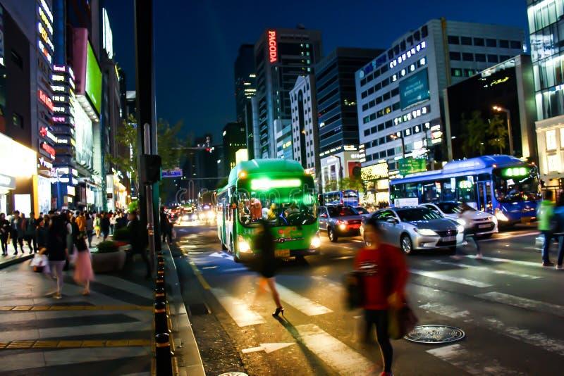 Gangnamstraten, Seoel, Zuid-Korea stock afbeelding