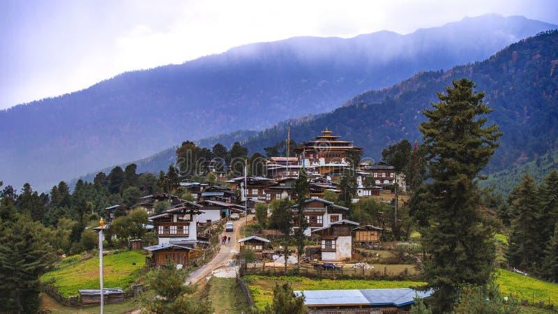 Gangte Goemba av den Phobjikha dalen, Bhutan arkivbild