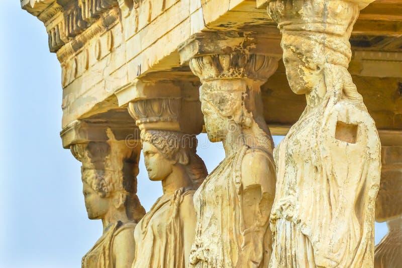 Gankowy kariatyd ruin świątyni Erechtheion akropol Ateny Grecja obrazy royalty free