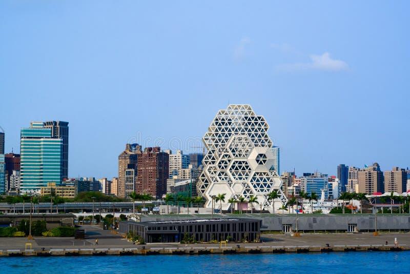Gaoxiong, ciudad costera en Taiwán, visión panorámica vista de la nave fotos de archivo libres de regalías
