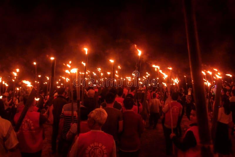 """GAOZHOU, PORCELANOWY †OKOŁO MARZEC 2019 """": Nian Li Chiny, unikalny tradycyjny festiwal trzyma w zachodzie prowincja guangdong fotografia royalty free"""