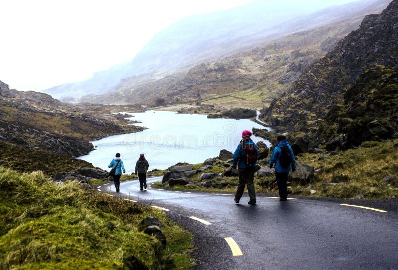 Gap van het nationale park van Dunloe - van Killarney - Ierland stock fotografie