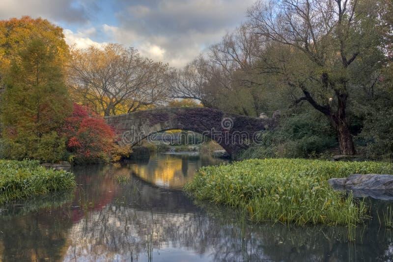 Gapstow Brücke im Herbst lizenzfreie stockfotografie