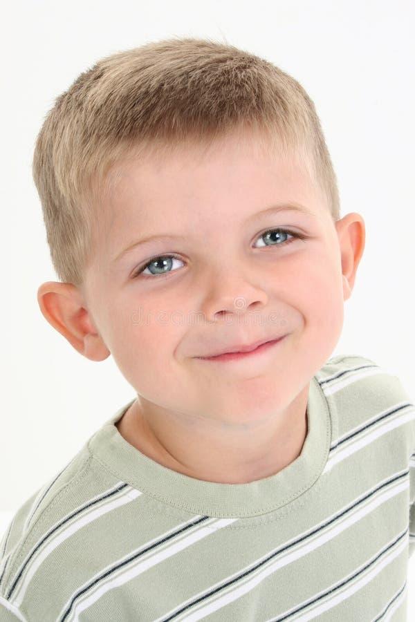 Garçon adorable de Caucasien de quatre ans images stock