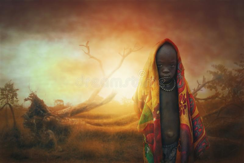 Garçon africain Mursi image stock