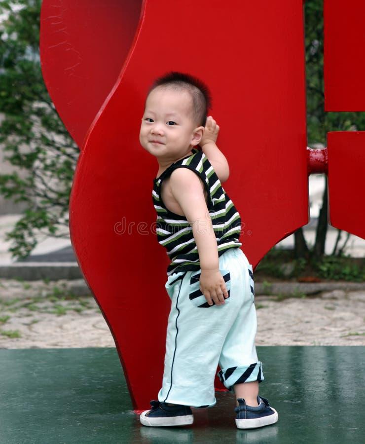 Garçon asiatique mignon images libres de droits