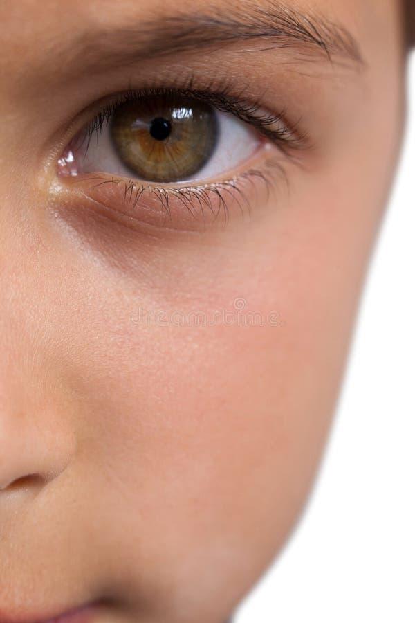 Garçon avec les yeux noisette photos stock