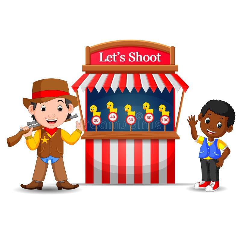 Garçon de bande dessinée à l'aide du costume de cowboy au cirque de cabine de jeu illustration stock