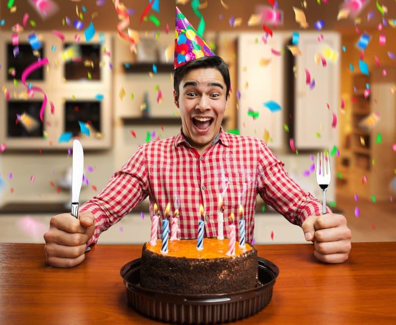Garçon de joyeux anniversaire photos stock