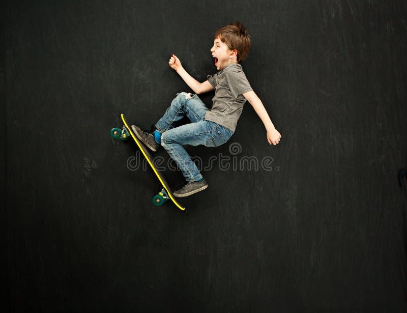 Garçon de patineur photographie stock