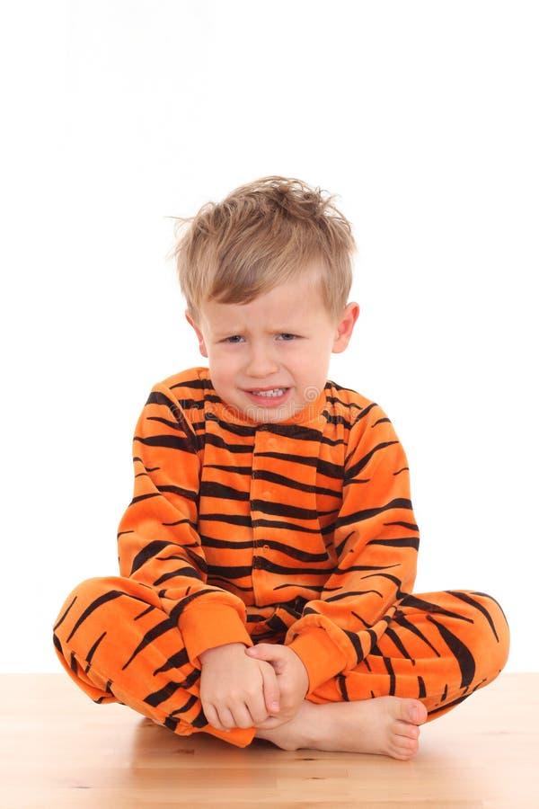 Garçon de pyjama photos stock