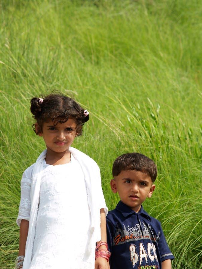 Garçon et fille asiatiques photo libre de droits