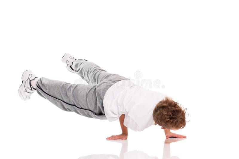 Garçon gymnastique image stock
