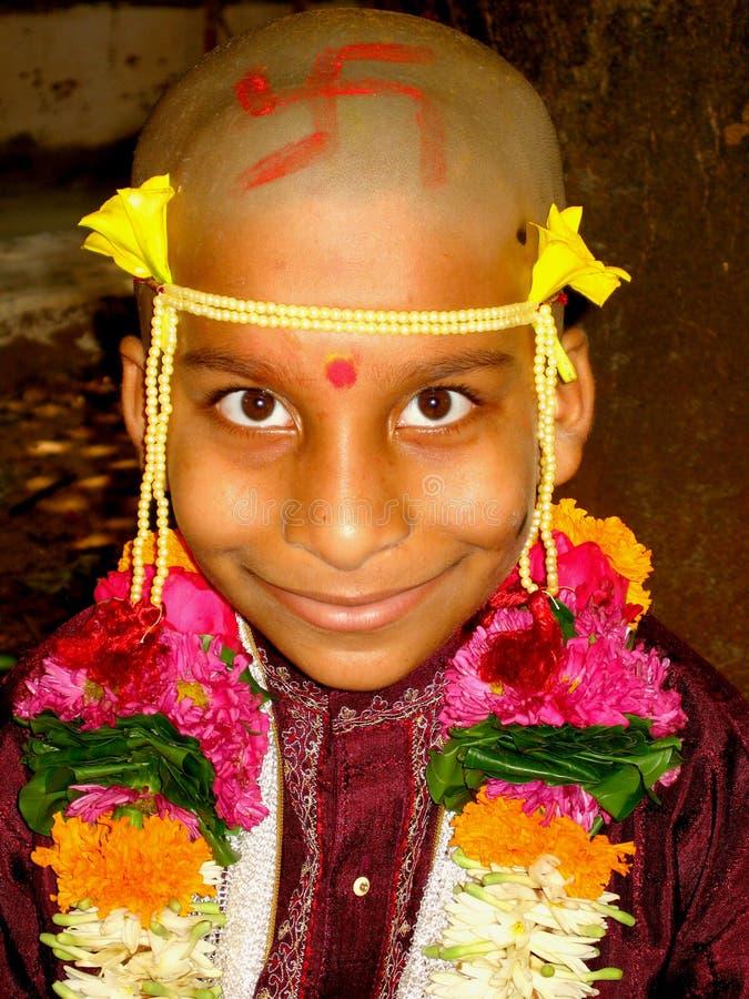 Garçon indien de sourire images stock