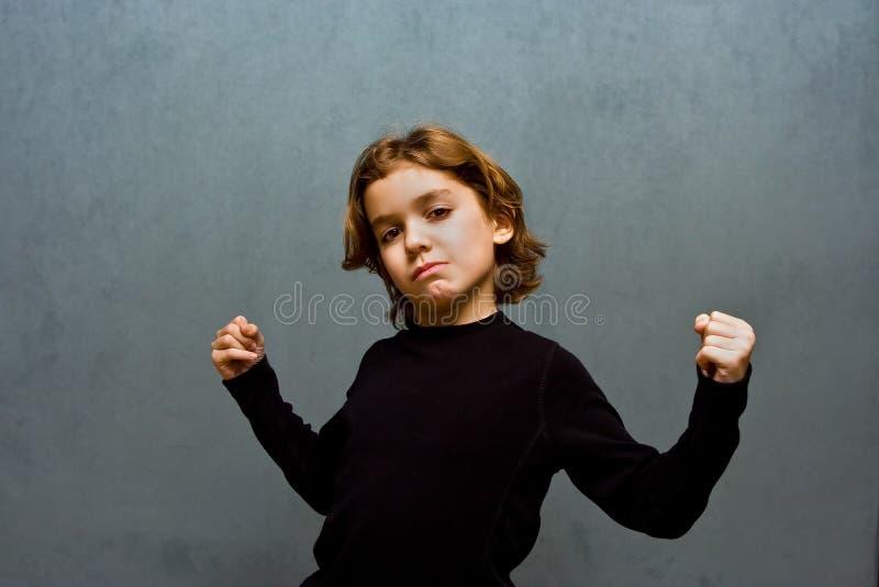 Garçon maigre intense photo libre de droits