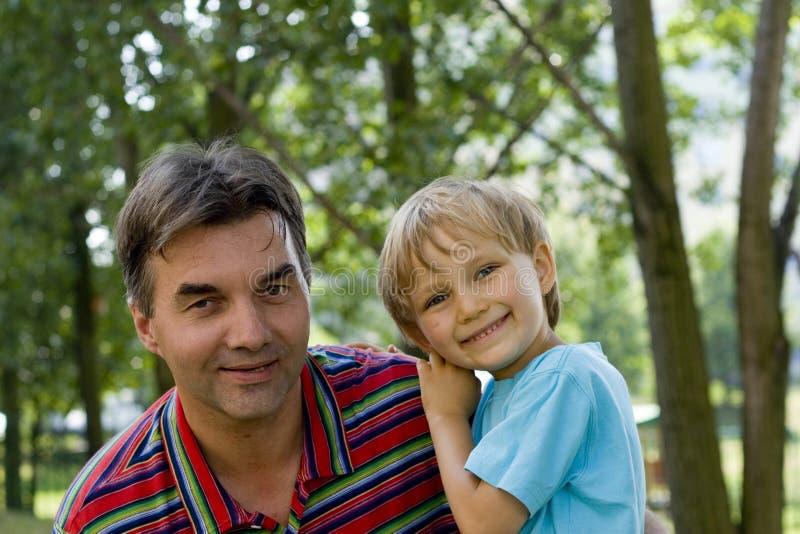 Garçons de sourire photo libre de droits