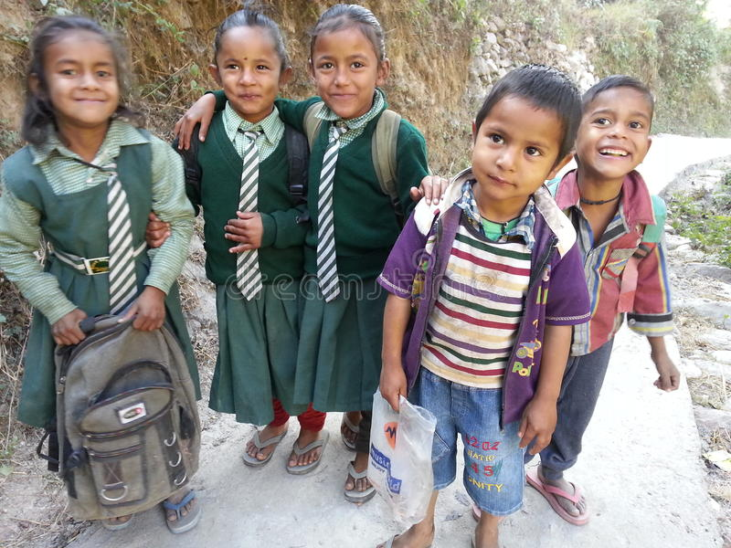 Garçons et filles image libre de droits