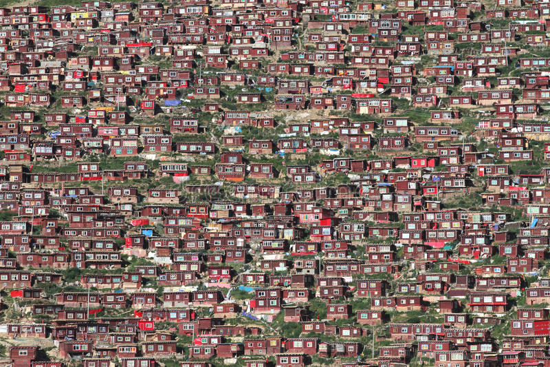 Gar Larung βουδιστικό ίδρυμα στοκ φωτογραφία με δικαίωμα ελεύθερης χρήσης