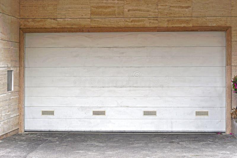 Garażu drzwi obraz royalty free
