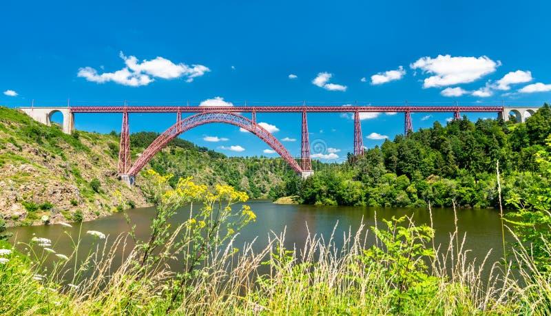 Garabit高架桥,横跨Truyere的一座铁路桥在法国 库存照片