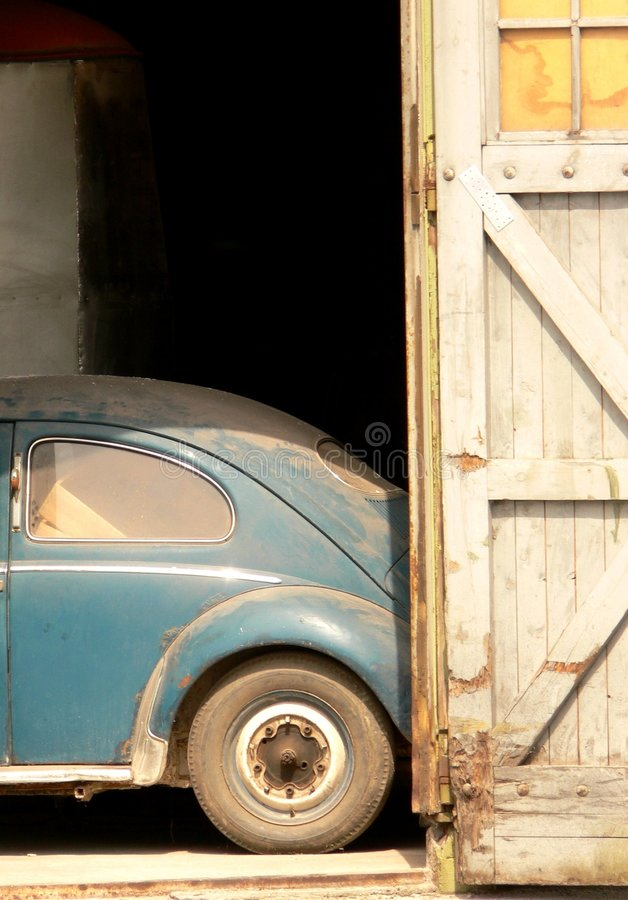 Download Garage stock image. Image of blue, used, door, oldtimer - 2303685