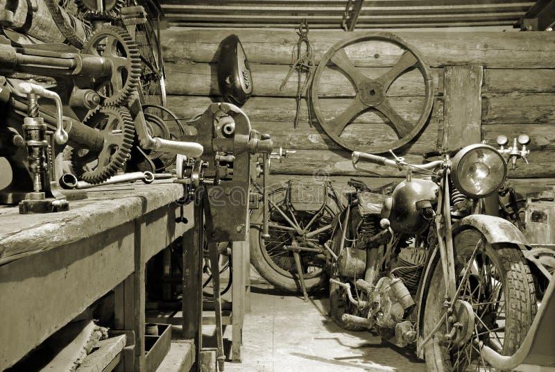 garage arkivfoton
