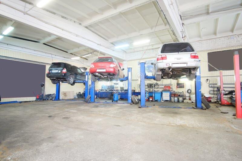 Garagem do reparo do carro fotografia de stock