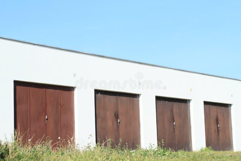 Garagens imagens de stock royalty free
