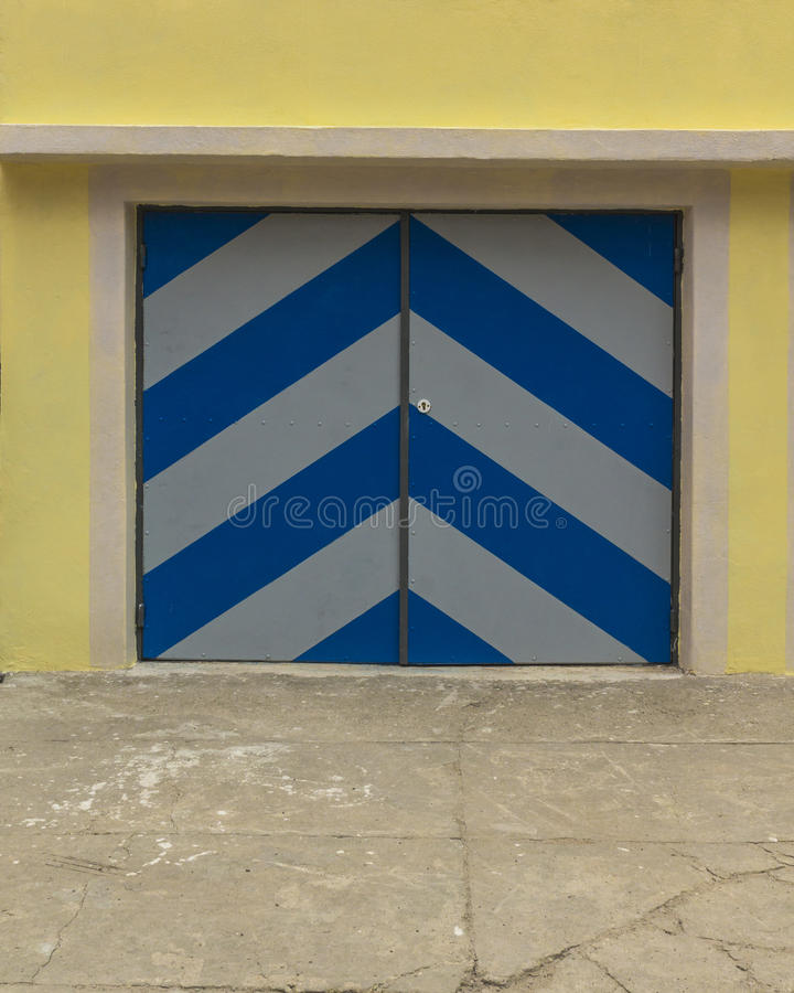Garagens e porta imagem de stock royalty free